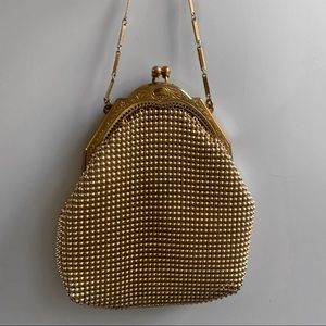 Vintage Whiting & Davis mesh Coin purse